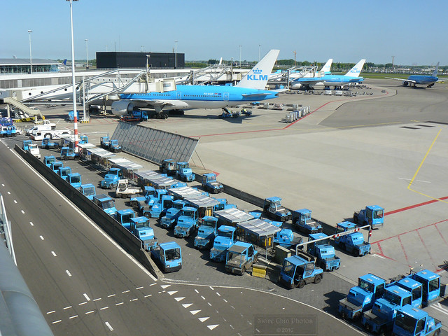 Airport Baggage Tugs http://www.flickr.com/photos/18378305@N00/5684688183/