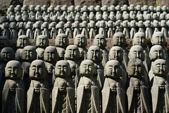 An army of Buddhas