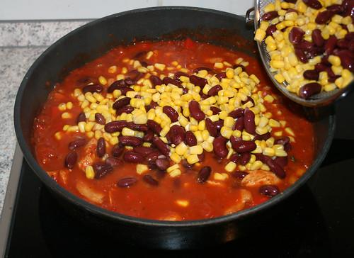 30 - Mais & Bohnen hinein / Add beans & corn
