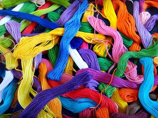 Madejas de hilo de colores - SLP 2012 5713