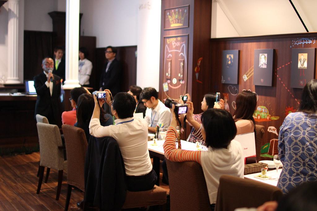 GINZA RAKUGAKI CAFE&BAR by PENTEL_18