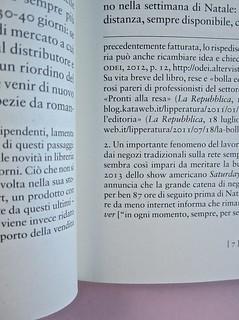 Come finisce il libro, di Alessandro Gazoia (Jumpinschark). minimum fax 2014. Progetto grafico di Riccardo Falcinelli. Sistema delle note, se lunghe proseguono nella pag. seguente, separate dal testo da un filetto: a pag. 7 (part.), 1