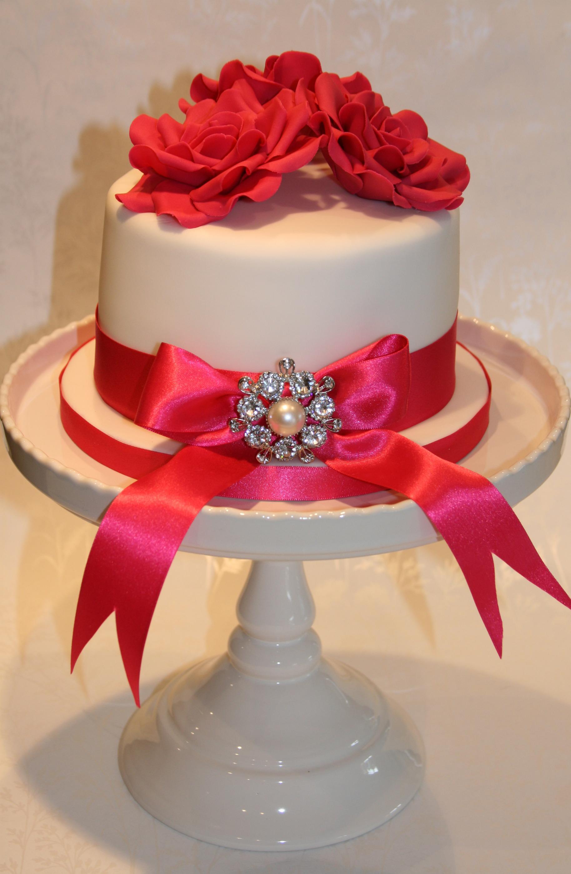 Hot Pink Wedding Cupcake Tower Top Cake
