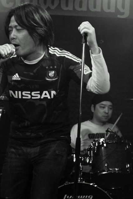 FLEA live at Crawdaddy, Tokyo, 07 Apr 2012. 340