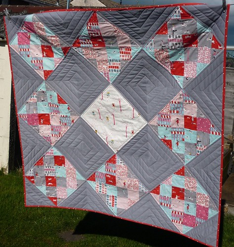 Pips quilt for Siblings Together