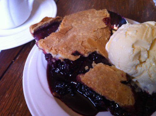 ollalieberry pie at duarte's