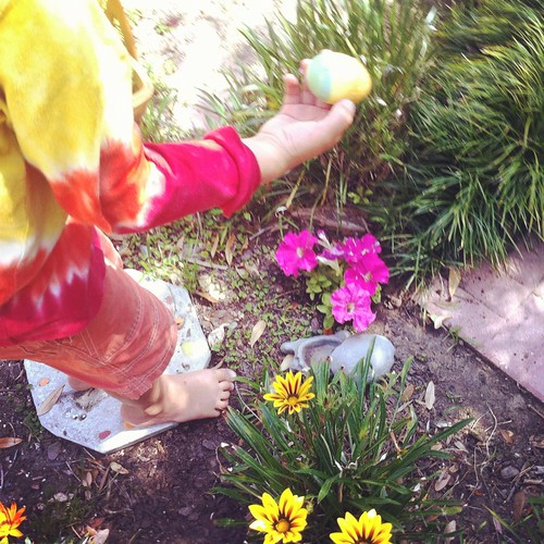 99/366 :: easter egg hunt
