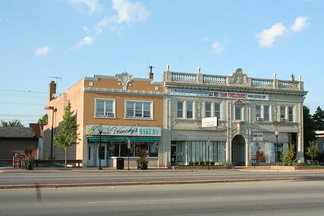 Cermak Avenue pre-war commercial