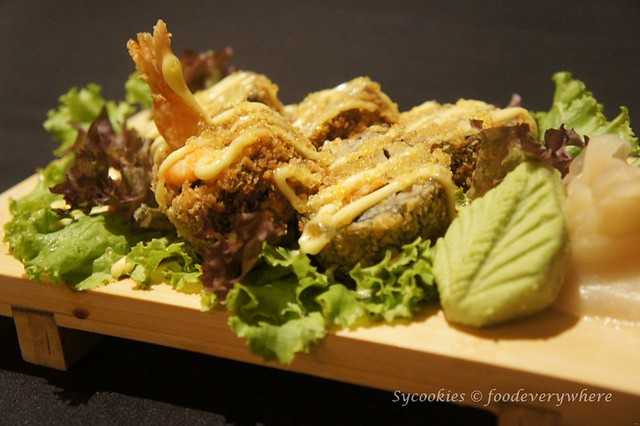 5.armada simply japanese -Seafood Maki Roll (2)