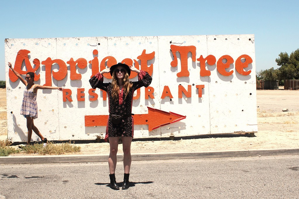 jennifer beile seeking style blog crossroads trading co style council style me grasie b jones style miss kris turner a fab life drifter and the gypsy blogger road trip style blog fashion blog summer road trip style buffalo exchange urban outfitters topshop free people