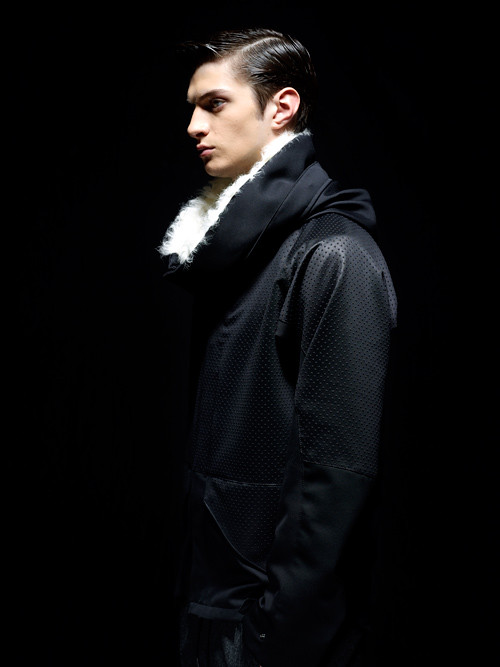 Matthew Bell0002_MOLFIC AW12(Fashion Press)