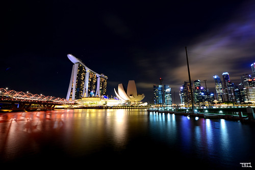 singapore at night - D800 @ 14mm