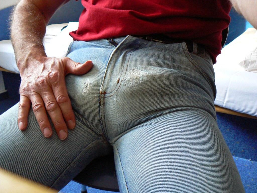 sperma auf jeans