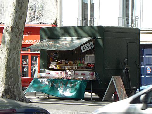 crêpes sur les  boulevards.jpg