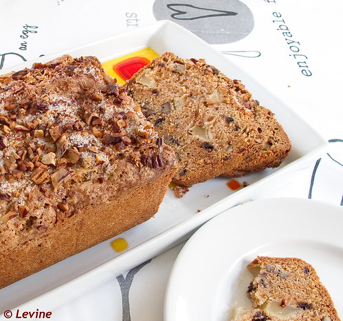 Appelcake met kaneel en chocolade