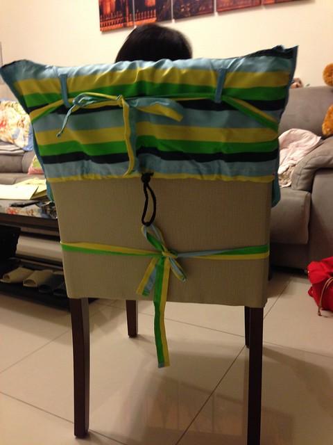 五花大綁的餐椅椅套