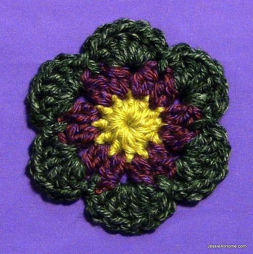 Stitchopedia-Motifs-Six-Petal-Flower-Sample-2