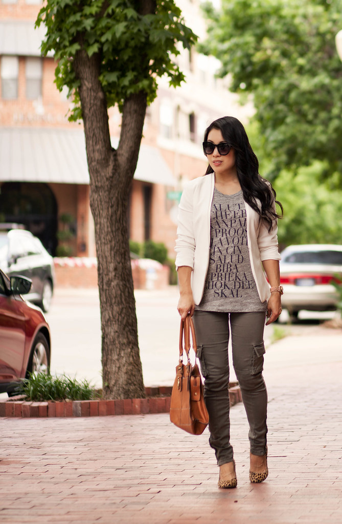 cute & little blog | petite fashion | white blazer, graphic gray tee, cargo skinny pants, leopard pumps