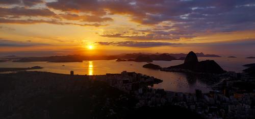 sunset brazil panorama sun sol cup nature rio brasil riodejaneiro sunrise mar football bresil soccer horizon brasilien exotic tropical carnaval worldcup copa futebol horizonte brésil nascerdosol sudeste copadomundo regiãosudeste