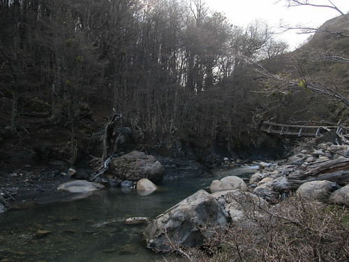 Torres del Paine: trek du W. Jour 1: passage de rivière.