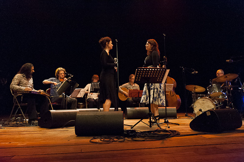 Folklof maart 2012