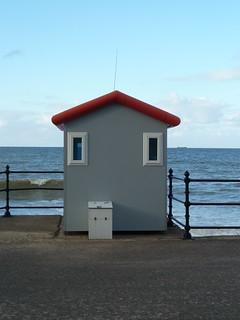 confused hut
