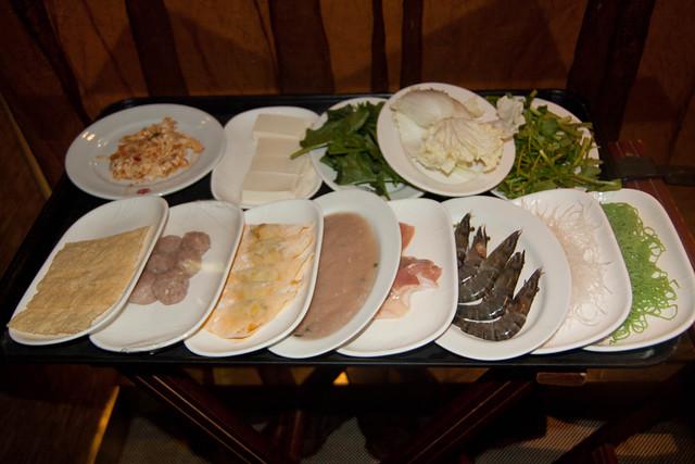 Suki Seafood, Meat, Veggie, Noodles