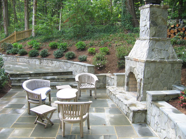patio layout pergola