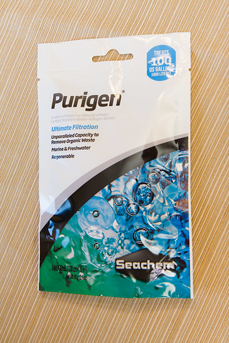 Packaging for Seachem Purigen