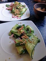 14032839149 715452524f m Poitrine de porc caramélisée et salade vietnamienne aux cacahuètes