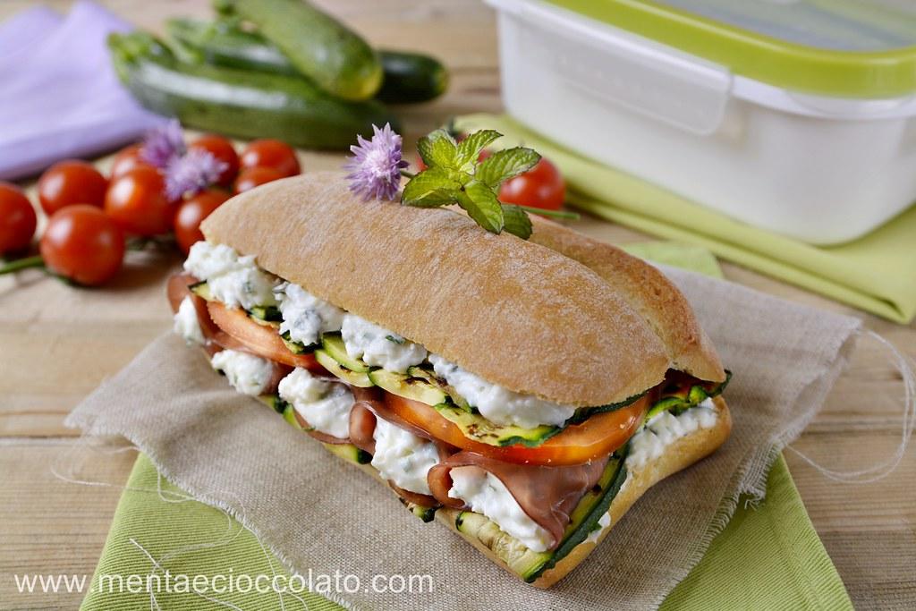 Menta e cioccolato panino con stracchino bresaola zucchine