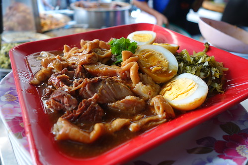 Stewed Pig's Trotters at SabX2 Wanton Mee, Bangkok.