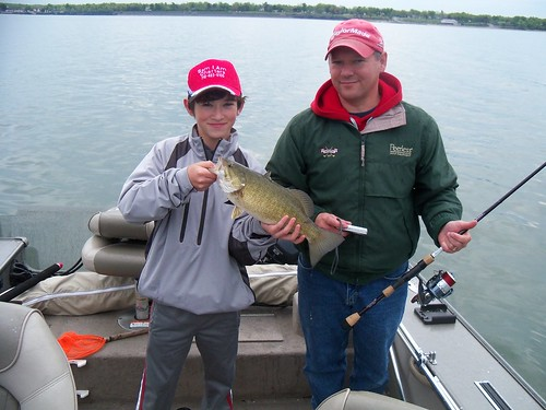 Sam i am charters bass and walleye gallery for Fishing in buffalo ny