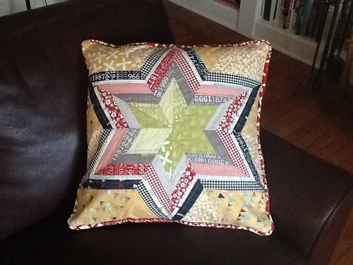 Flower Star Pillow