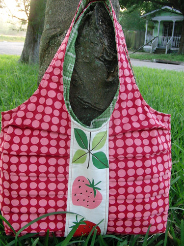 Pretty Pleats Tote (front)