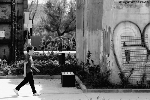 walkin' around by destino2003 (diegofornero.it)