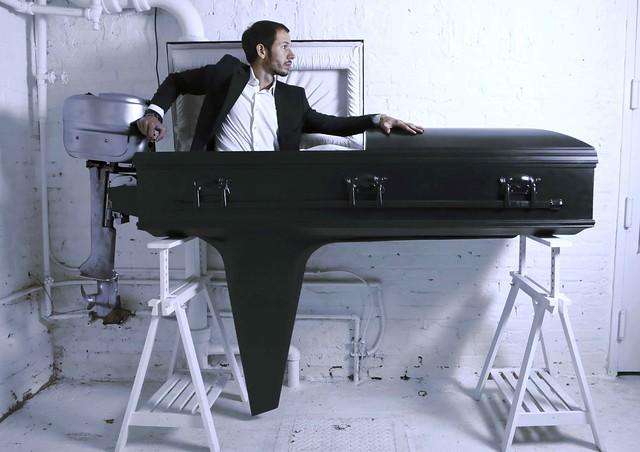 52_boat-coffin-z