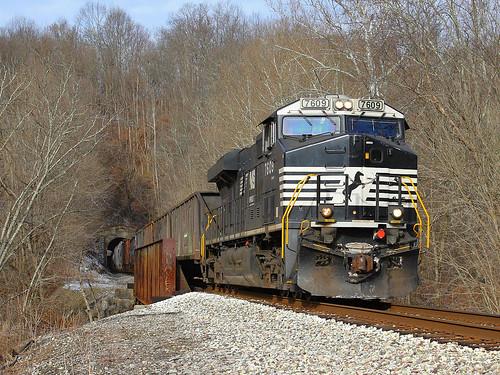 NS 380 at Langsville