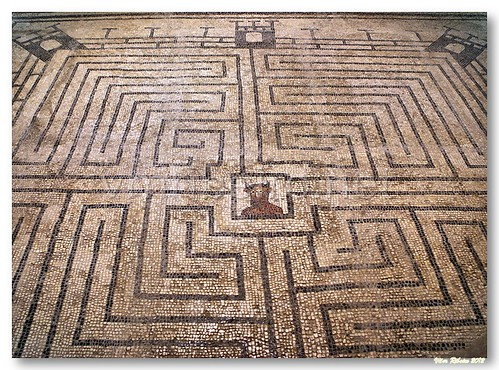 Labirinto do minotauro by VRfoto