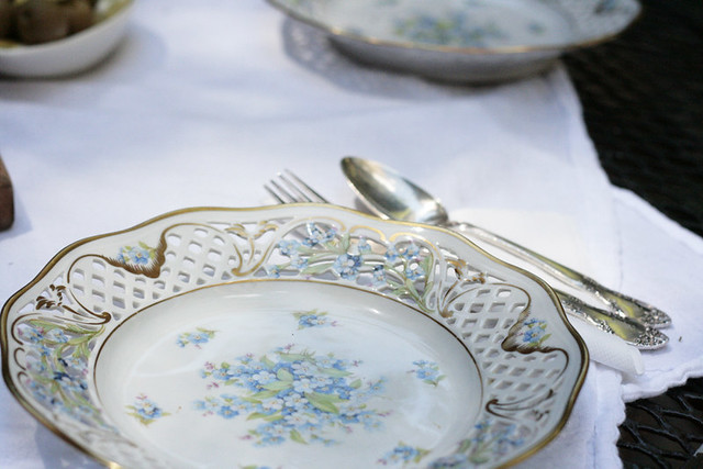 forget-me-not plates