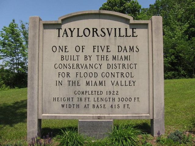Taylorsville Dam