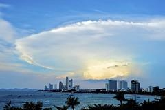 [フリー画像素材] 建築物・町並み, 空, 雲, 風景 - タイ ID:201204230600