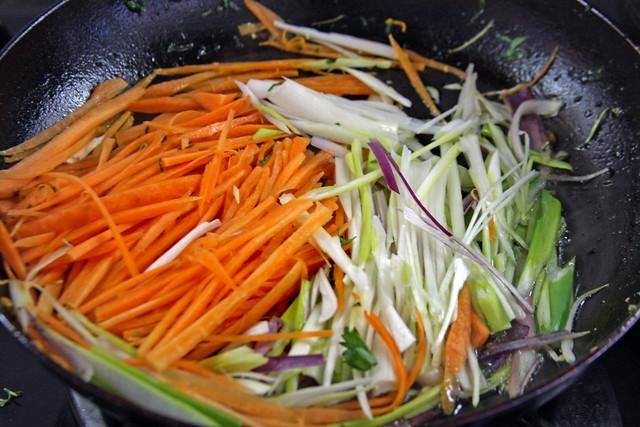 Penne Rigate con Hongos y Vegetales 076