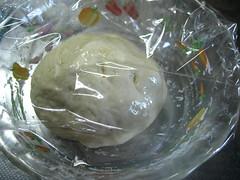 ふんわりラップをかけ、38℃で発酵させます