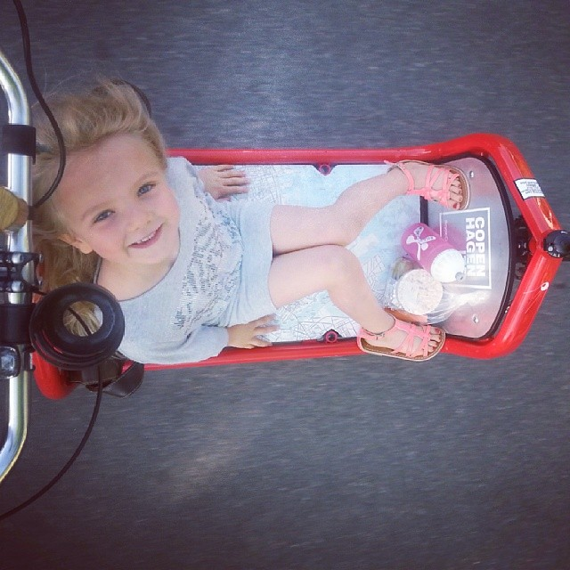 The Lulu rocking the Bullitt on the school run today #thelulu #copenhagen