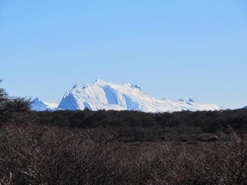 Trek de la Laguna de los Tres: un autre glacier au loin, beaucoup plus grand