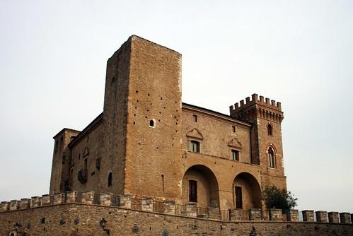 CASTELLO DUCALE DI CRECCHIO