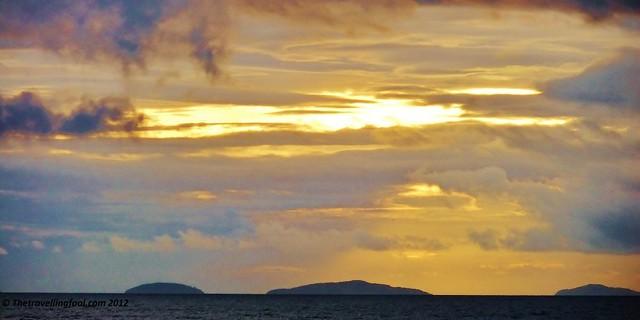 Sunrise-Puerto-Galera-1024x512