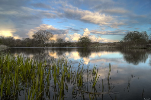 HDR : Waters Edge,Going Dusk