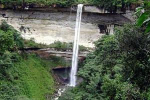 cueva-san-francisco-catarata-yumbila-amazonas